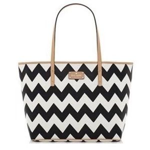 Kate Spade- like new- chevron tote bag